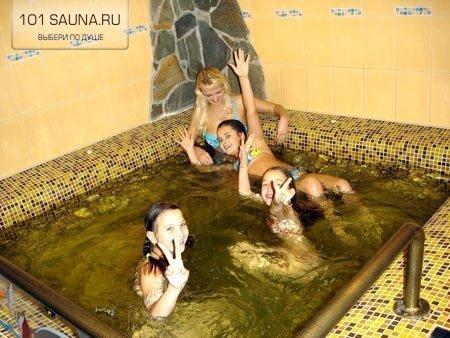 skritoy-kameroy-saune-foto
